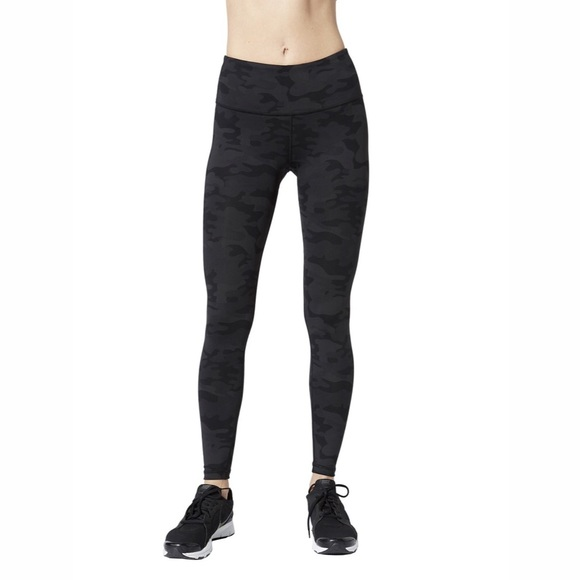 Vimmia Pants - NWOT Vimmia High Waisted Core Camo Legging